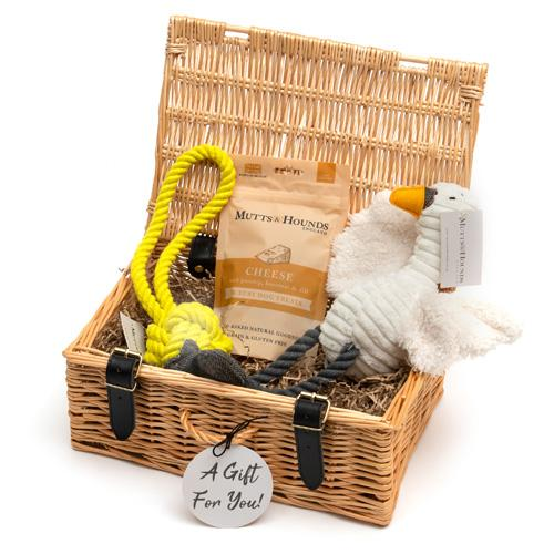 Mutts and Hounds Hamper